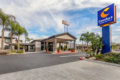 Hotel exterior | Comfort Inn And Suites Colton