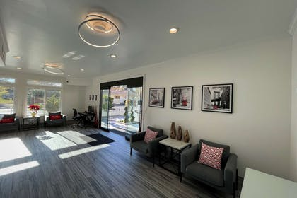 Hotel lobby | Aggie Inn, an Ascend Hotel Collection Member