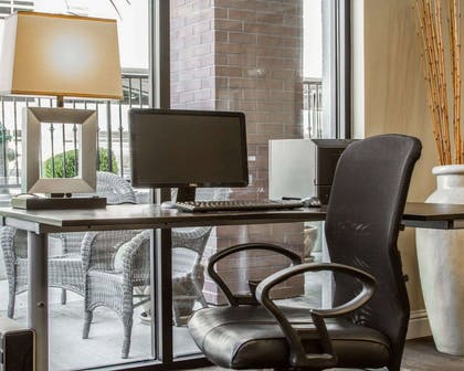 Business center with high-speed Internet access | Hotel Med Park, an Ascend Hotel Collection Member