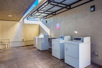 Guest laundry facilities | Econo Lodge Inn & Suites Escondido Downtown