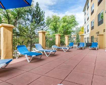 Relax on the hotel patio   Comfort Inn North - Air Force Academy Area