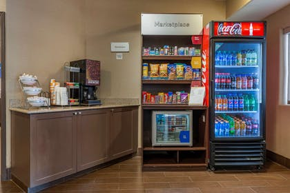 Hotel vending area | Comfort Suites Highlands Ranch Denver Tech Center Area