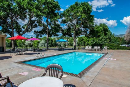 Relax on the sundeck   Quality Inn and Suites Garden of the Gods