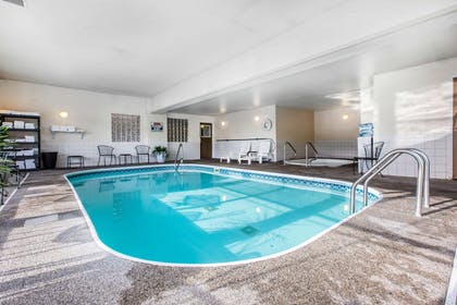 Indoor pool | Quality Inn & Suites Summit County