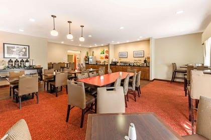 Spacious breakfast area | Quality Inn & Suites University Fort Collins