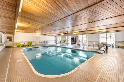 Indoor pool | Quality Inn & Suites University Fort Collins