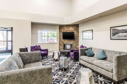 Spacious lobby with sitting area | Quality Inn & Suites Westminster - Broomfield