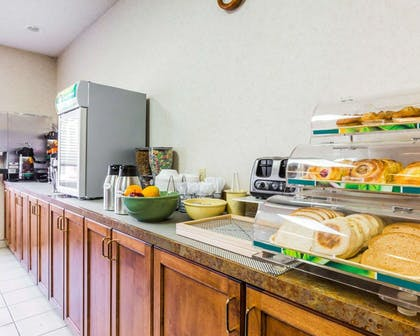 Assorted breakfast items | Quality Inn And Suites