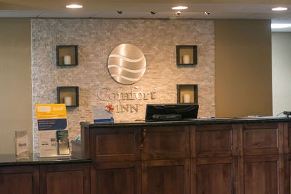Front desk with friendly staff | Comfort Inn Fort Morgan