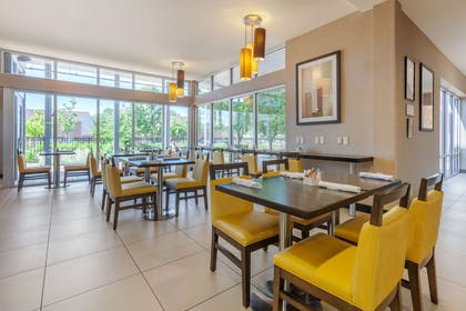 On-site restaurant | Cambria Hotel Fort Collins