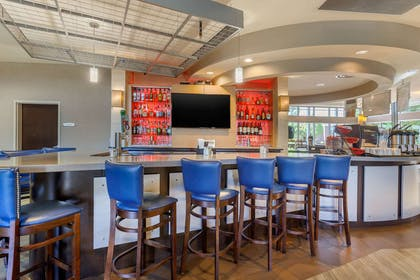 Hotel bar | Cambria Hotel Fort Collins