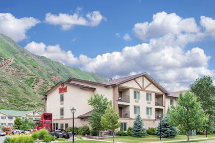 Hotel exterior | Glenwood Suites, an Ascend Hotel Collection Member