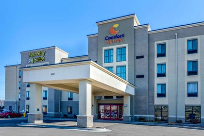 Hotel exterior   MainStay Suites Near Denver Downtown