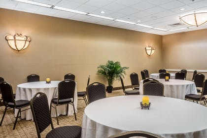 Large space for receptions, parties, anniversaries, and business | Comfort Suites Near Casinos