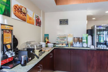 Breakfast counter | Quality Inn and Suites Danbury