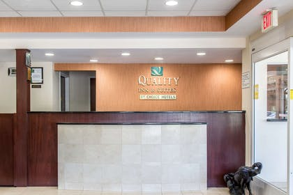 Front desk | Quality Inn and Suites Danbury