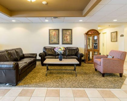 Hotel lobby | MainStay Suites Dover