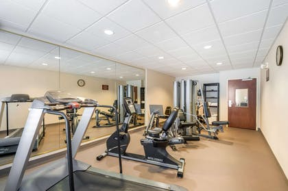 Exercise room | Sleep Inn And Suites