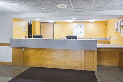 Front desk | Quality Inn and Suites