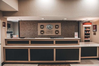 Hotel lobby | Comfort Suites UCF/Research Park