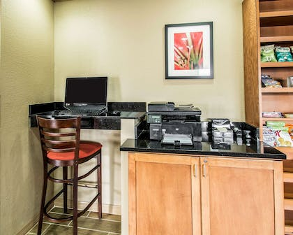 Business services available | Comfort Inn Plant City - Lakeland