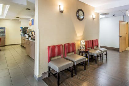Lobby | Comfort Inn & Suites DeLand - near University
