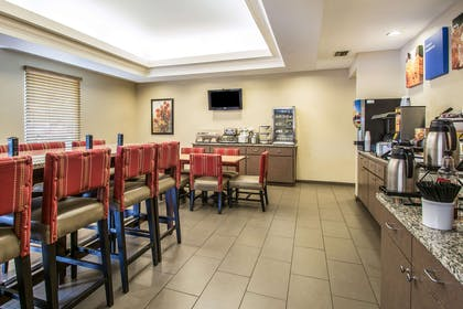 Spacious breakfast area | Comfort Inn & Suites DeLand - near University