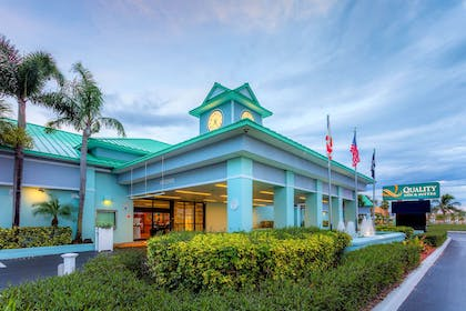 Hotel exterior | Quality Inn & Suites Port Canaveral Area
