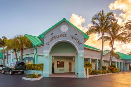 Conference center | Quality Inn & Suites Port Canaveral Area