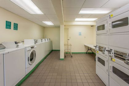 Guest laundry facilities | Quality Inn & Suites Port Canaveral Area