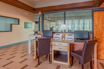 Business center | Quality Inn & Suites Port Canaveral Area
