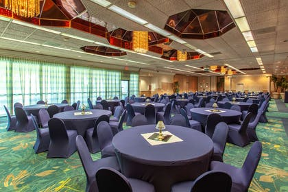Banquet room | Quality Inn & Suites Port Canaveral Area