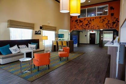 Lobby with sitting area | Sleep Inn & Suites Fort Lauderdale Airport