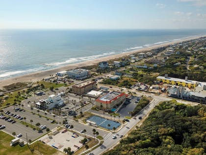 Aerial views of hotel | Comfort Suites Fernandina Beach at Amelia Island
