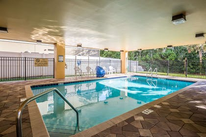 Relax by the pool | Comfort Suites West Jacksonville