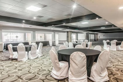 Ballroom | Quality Inn & Suites Conference Center