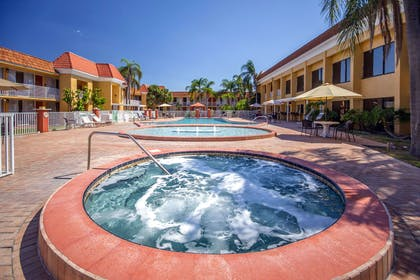 Outdoor hot tub | Quality Inn & Suites Conference Center