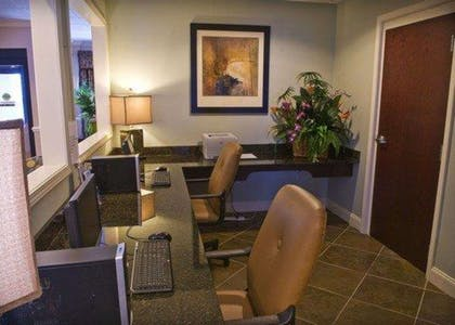 Business center with high-speed Internet access | Comfort Inn And Suites