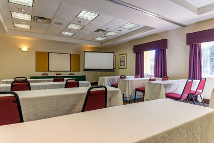 Banquet meeting room with audiovisual equipment | Quality Suites Lake Buena Vista