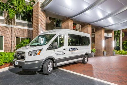 Free airport transportation | Cambria Hotel Ft Lauderdale, Airport South & Cruise Port