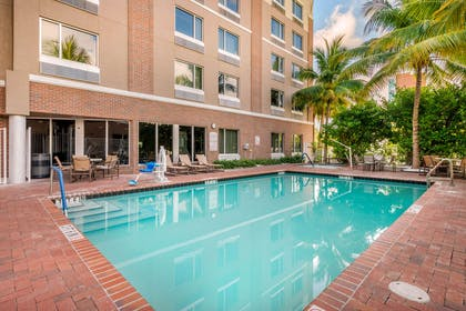 Outdoor pool | Cambria Hotel Ft Lauderdale, Airport South & Cruise Port