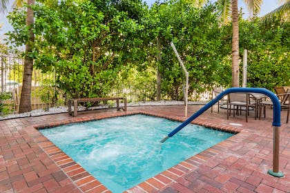Indoor hot tub | Cambria Hotel Ft Lauderdale, Airport South & Cruise Port