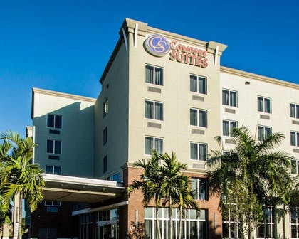 Comfort Suites Miami Airport North hotel in Miami Springs, FL | Comfort Suites Miami Airport North