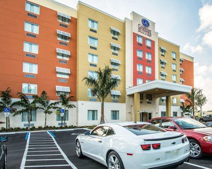 Hotel exterior | Comfort Suites Fort Lauderdale Airport South & Cruise Port