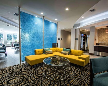 Lobby with sitting area | Comfort Suites Fort Lauderdale Airport South & Cruise Port