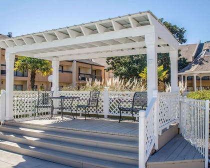Relax by the pool | Quality Inn & Suites Pensacola Bayview