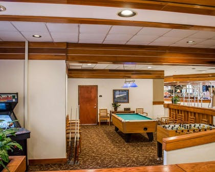 Game room | Quality Inn & Suites Pensacola Bayview