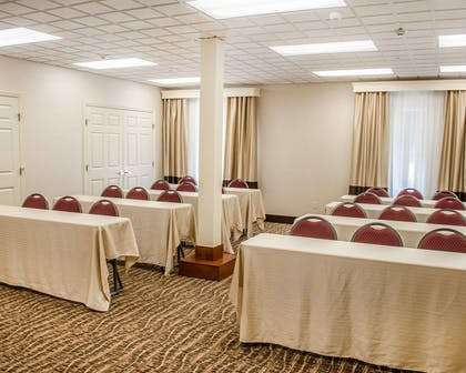 Meeting room with classroom-style setup | Comfort Inn & Suites Crestview