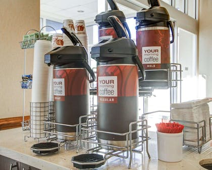 Hot and cold breakfast buffet | Comfort Suites Weston - Sawgrass Mills South