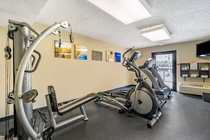 Fitness center | Comfort Inn & Suites Clearwater Pinellas Park
